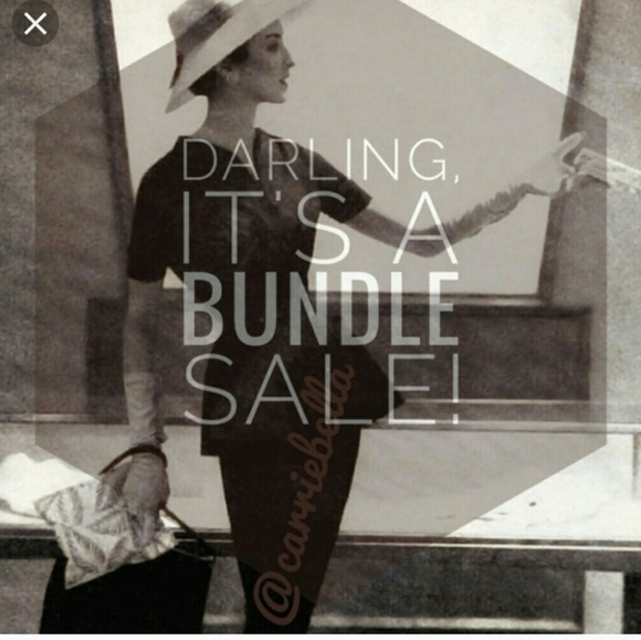 Handbags - 🌟♦️🌟♦️Bundle 4 for $16  Winter & Summer Clothes
